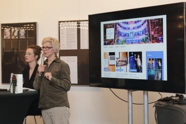 Daniela Ginten stellt das Schulprojekt THEATERKRITIK und unseren Blog vor